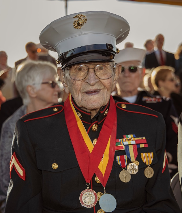 Marine Iwo Jima veteran Pfc. Dell Littrell poses for a photo before the start of the 75th Commemoration of the Battle of Iwo Jima sunset ceremony at Marine Corps Base Camp Pendleton, California, Feb. 15.