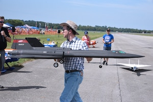 radio controlled aircraft