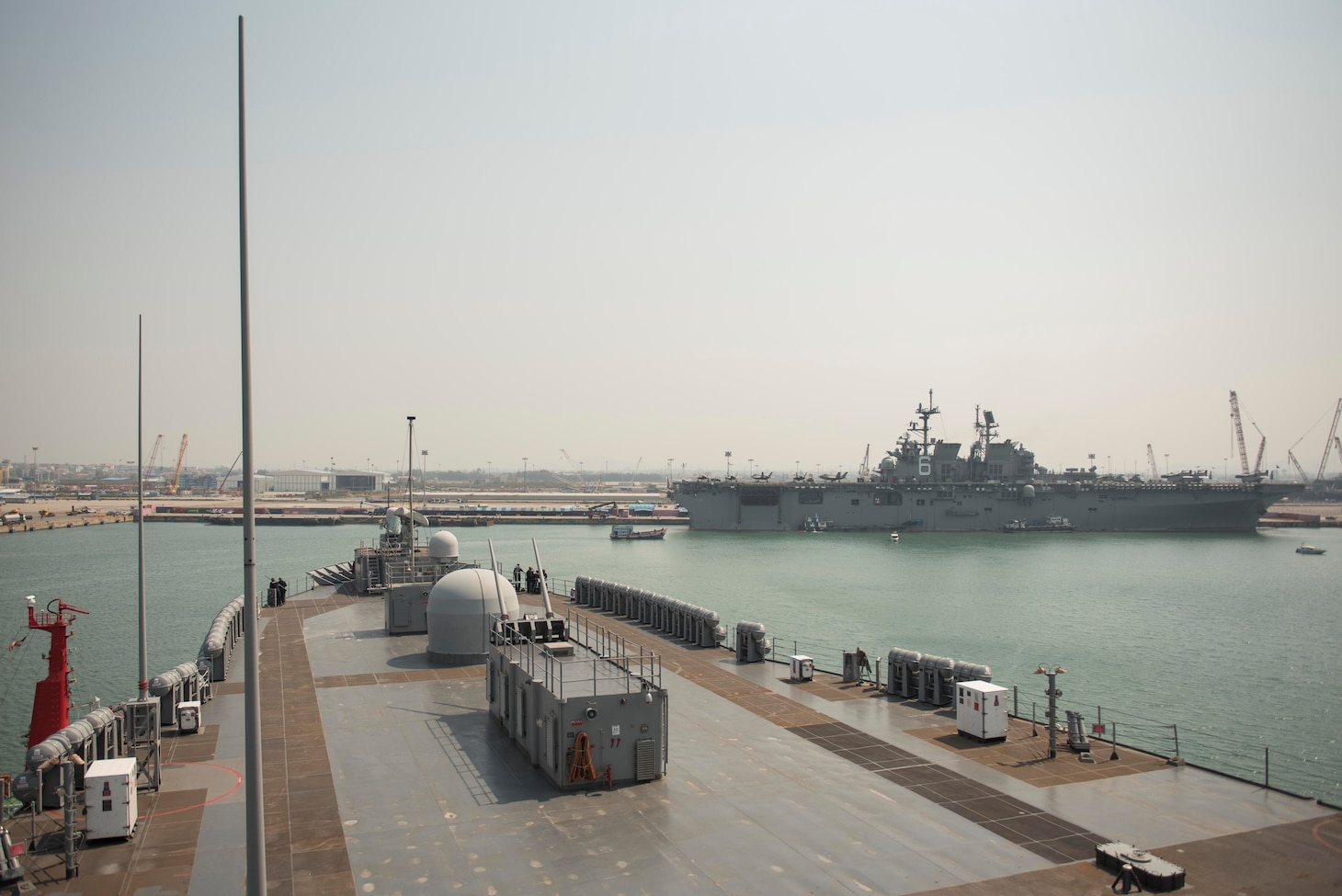 LAEM CHABANG, Thailand (Feb. 23, 2020) - U.S. 7th Fleet flagship USS Blue Ridge (LCC 19) arrives in Laem Chabang, Thailand for a regularly scheduled port visit. During the visit, Sailors will engage with the local culture, host military-to-military engagements and build relationships through music and public service activities.