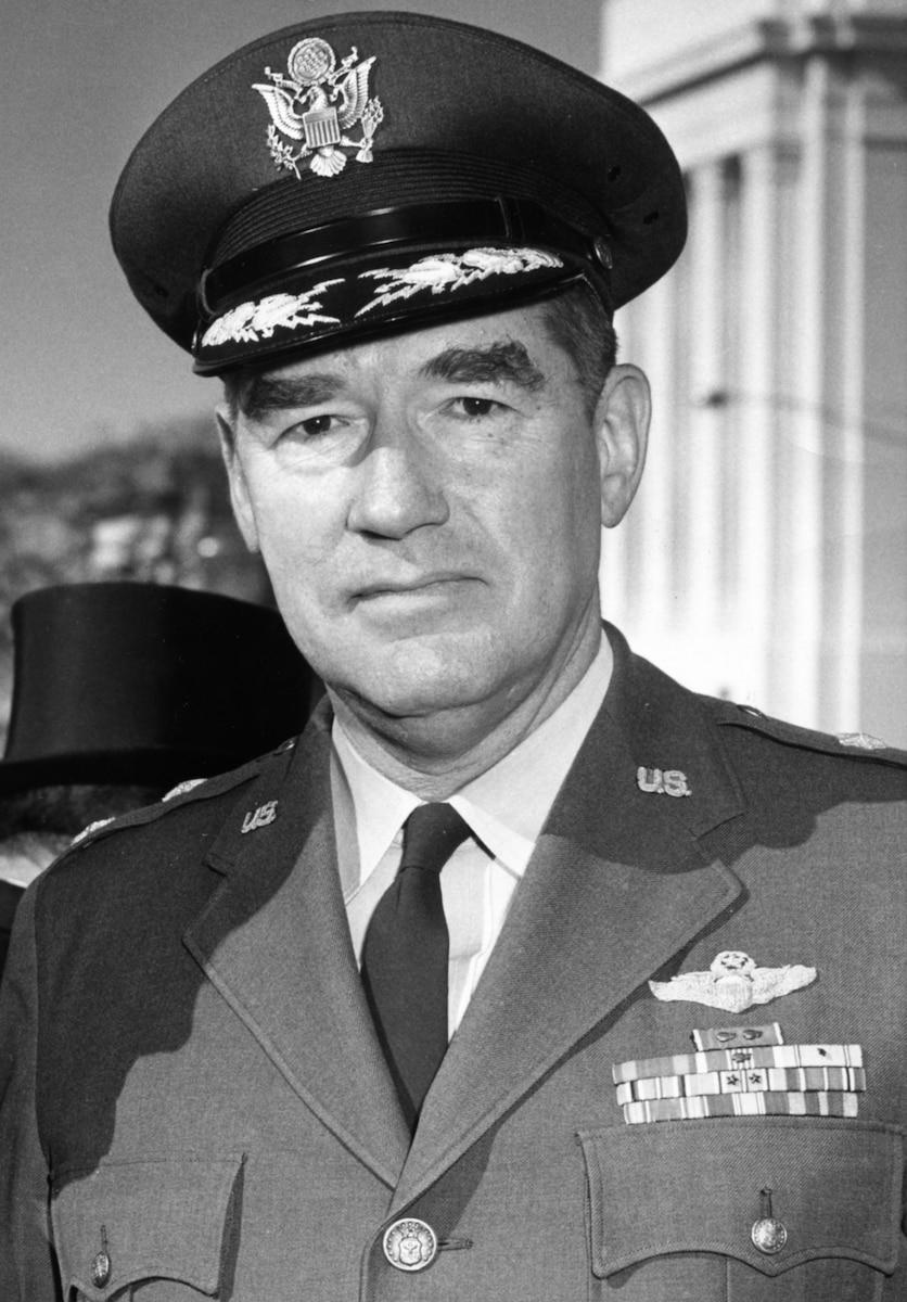 This is the official portrait of Maj. Gen. Daniel Callahan.