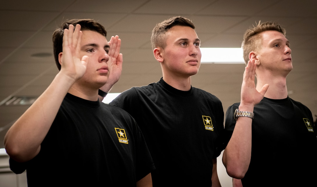Local Future Soldiers receive enlistment oath from orbiting astr