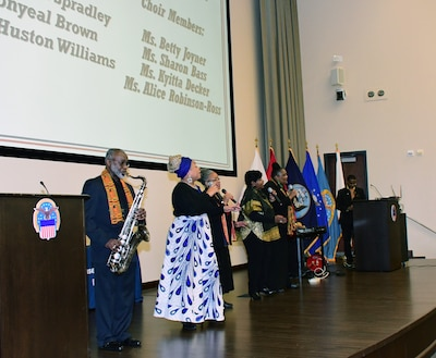 DLA Distribution hears from distinguished speaker and author during Black History Month event