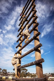 Recruits with Lima Company, 3rd Recruit Training Battalion, overcome an obstacle during the confidence course at Marine Corps Recruit Depot, San Diego, Dec. 17, 2019.