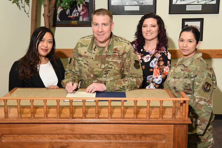 Installation commander signs proclamation