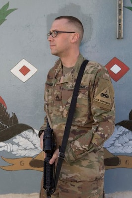 Texas National Guard Soldier turns his life around