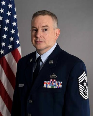 Official photo of Command Chief