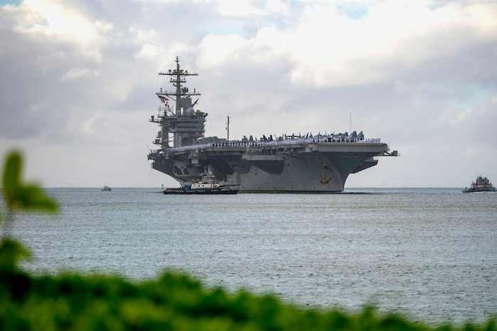 USS Abraham Lincoln Arrives in Pearl Harbor for Port Visit