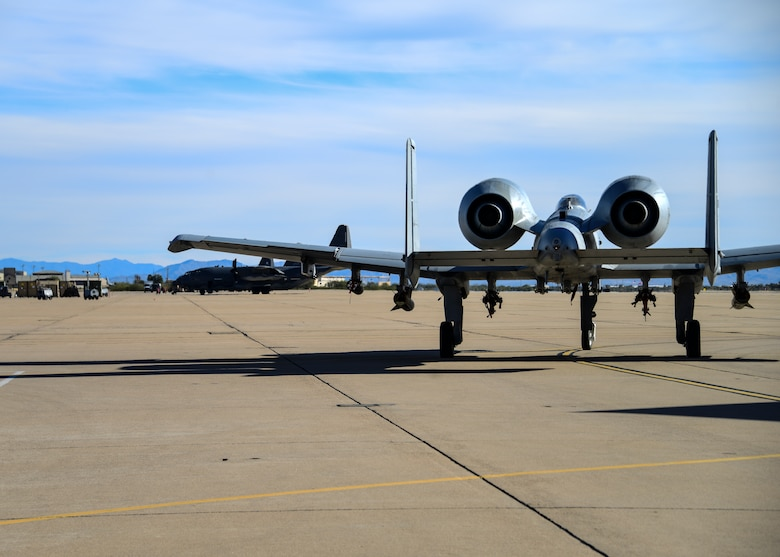 A-10 taxis on flight line