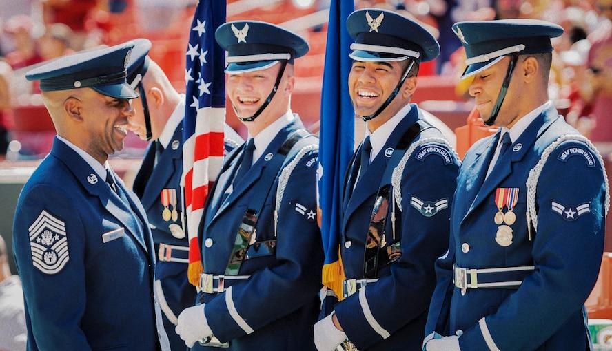 CMSAF speaks with U.S. Air Force Honor Guardsmen