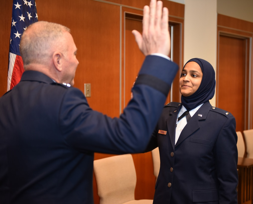 Chaplain candidate Saleha Jabeen was commissioned as a second lieutenant in Chicago at the Catholic Theological Union by the Air Force chief of chaplains, Dec. 18, becoming the first female Muslim chaplain in the Department of the Defense.