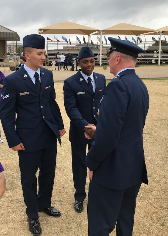 AFDW commander, command chief welcome Air Force's newest Airmen