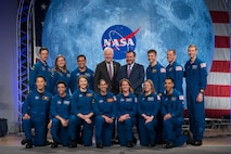 The 2017 Class of Astronauts poses for a portrait with Texas Senators John Cornyn and Ted Cruz at the Johnson Space Center in Houston, Texas. In the front row (from left) are, NASA astronauts Jonny Kim, Jessica Watkins, Kayla Barron, Jasmin Moghbeli, Loral O'Hara, Zena Cardman and Raja Chari. In the back row (from left) are, Canadian Space Agency (CSA) astronauts Joshua Kutryk and Jennifer Sidey-Gibbon, NASA astronaut Frank Rubio, Senators John Cornyn and Ted Cruz and NASA astronauts Matthew Dominick, Bob Hines and Warren Hoburg.