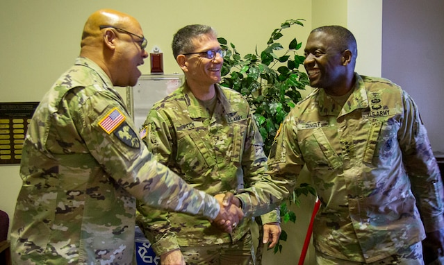 Lt. Gen. R. Scott Dingle Visits with Brig. Gen. Joe Heck