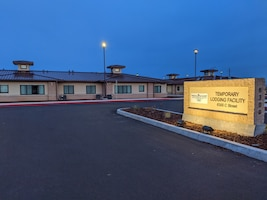 The entrance to the new Beale Air Force Base, California, temporary lodging facility. (U.S. Air Force photo by Erica L. Fowler)