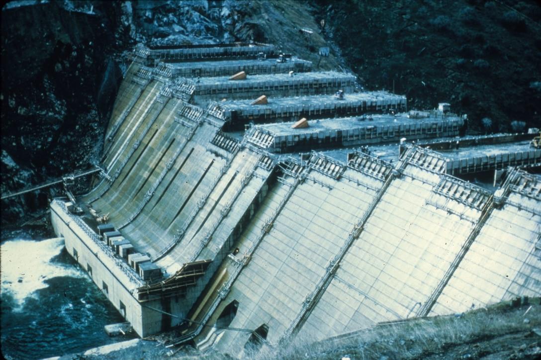 Pine Flat Dam construction