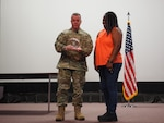 Thomas receives outstanding DLA Personnel of the Year Award