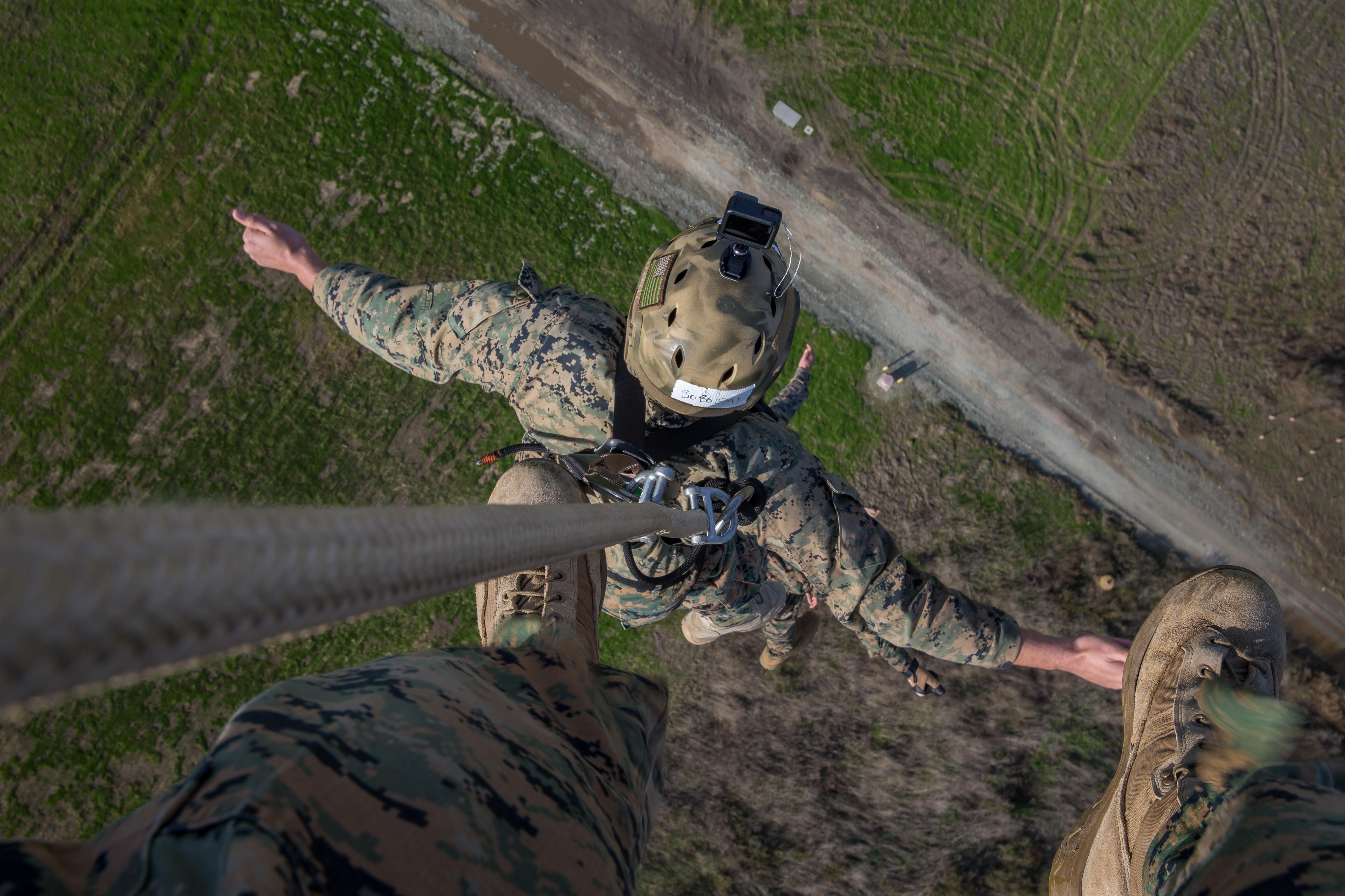 https://media.defense.gov/2020/Jan/15/2002235330/-1/-1/0/191211-M-JX780-1019.JPG