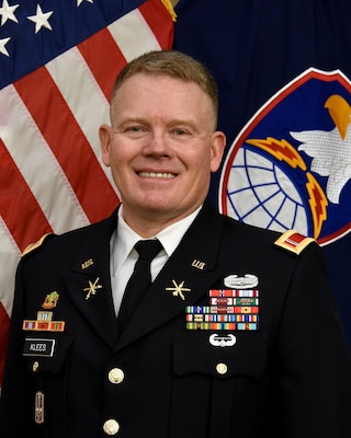 CW5 Wesley Klees, Command Chief Warrant Officer