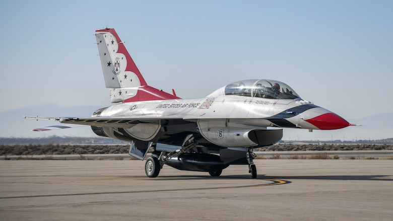 Air Force Thunderbird jet #8, flown by Maj. Jason Markzon, taxis at Edwards Air Force Base, California, Jan. 16. Markzon, the advance pilot and narrator for the Thunderbirds Flight Demonstration Squadron, visited Edwards to conduct a site survey and plane-side press conference ahead of their participation with the 2020 Aerospace Valley Air Show, Oct. 10-11. (Air Force photo by Giancarlo Casem)