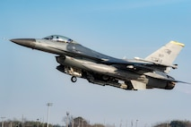 """A U.S. Air Force F-16 Fighting Falcon assigned to the 80th Fighter Squadron takes off for a routine training flight at Kunsan Air Base, Republic of Korea, Jan 16, 2020. The 80th FS """"Juvats"""" perform air and space control roles including counter air, strategic attack, interdiction and close-air support missions. (U.S. Air Force photo by Senior Airman Jerreht Harris)"""
