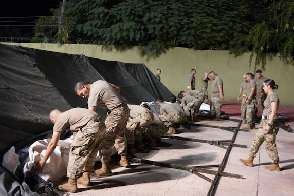 430th Quartermaster Company installs showers and laundry units during emergency in Puerto Rico