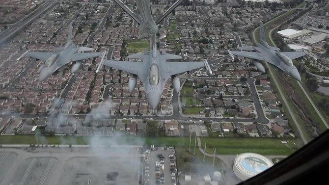 F-16 Flyover Levi Stadium