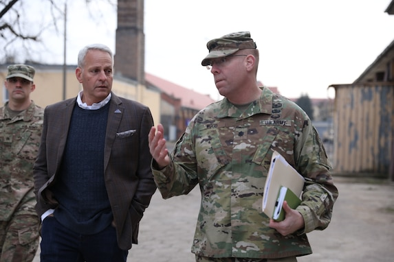 418th Civil Affairs Battalion hosts Army Brig. Gen. Robert Cooley