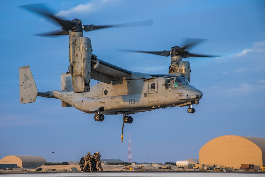 U.S. Marines with Marine Medium Tiltrotor (VMM) 161, attached to Special Purpose Marine Air-Ground Task Force – Crisis Response – Central Command (SPMAGTF-CR-CC) 19.2, participate in a helicopter support team exercise, Jan. 17, 2020. The SPMAGTF-CR-CC is a multiple force provider designed to employ ground, logistics and air capabilities throughout the Central Command area of responsibility. (U.S. Marine Corps photo by Sgt. Branden J. Bourque)