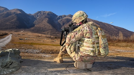 173rd Airborne Brigade weapons qualification in Pordenone, Italy
