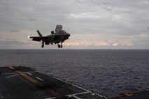 America Expeditionary Strike Group, 31st MEU Complete Carrier Qualifications