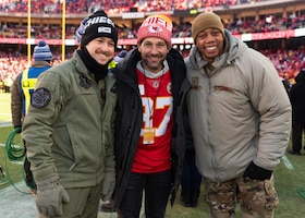 Airmen assigned to the 509th Bomb Wing and the 131st Bomb Wing at Whiteman Air Force Base, Missouri, stand with actor Paul Rudd before the AFC Championship game on Jan. 19, 2020, at Arrowhead Stadium, Kansas City, Missouri. Rudd has appeared in movies such as Ant Man, Guardians of the Galaxy and Living With Yourself. He is a Kansas City native and was the Spirit Leader in charge of hitting the ceremonial drum used to hype the crowd up during the game. Before the game a B-2 Spirit Stealth Bomber from Whiteman AFB flew over stadium and during the third quarter the Kansas City Chiefs recognized Airmen for coordinating the ground work for the flyover. (U.S. Air Force photo by Senior Airman Thomas Barley)