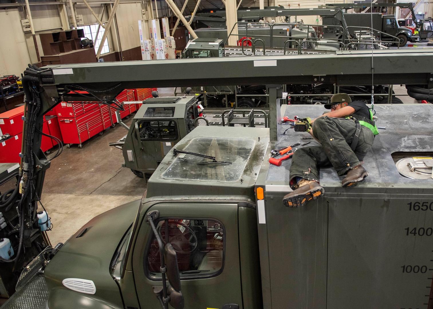 Joint Base Elmendorf-Richardson Mechanic Innovates Safety Solution