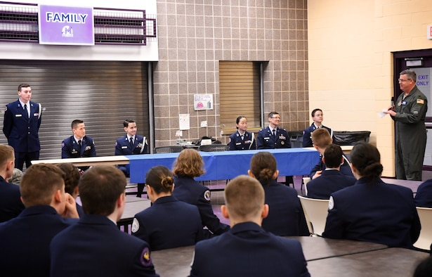 The commander of the 932nd Airlift Wing's Operations Group, Col. Michael Maloney, stopped by to visit the Mascoutah High School JROTC unit January 16, 2020.  This is a cadet corp the Air Force Reserve wing adopted several years ago.  Col. Maloney was the guest speaker at the JROTC commander's call held right after a change of command ceremony as a guests of JROTC instructor, Lt. Col. David Berthe, second from right at table.  Maloney spoke on leadership and the students asked questions about flying and military service.  ROTC stands for Junior Reserve Officer's Training Corps. It is a military-regulated program designed to offer high school students leadership experiences and motivate them to become better American citizens. JROTC combines classroom instruction with service to school and community, extracurricular and social activities and the chance to take on leadership roles.  The 932nd Airlift Wing is a 22nd Air Force unit located at Scott Air Force Base, Ill. (U.S. Air Force photo by Lt. Col. Stan Paregien)