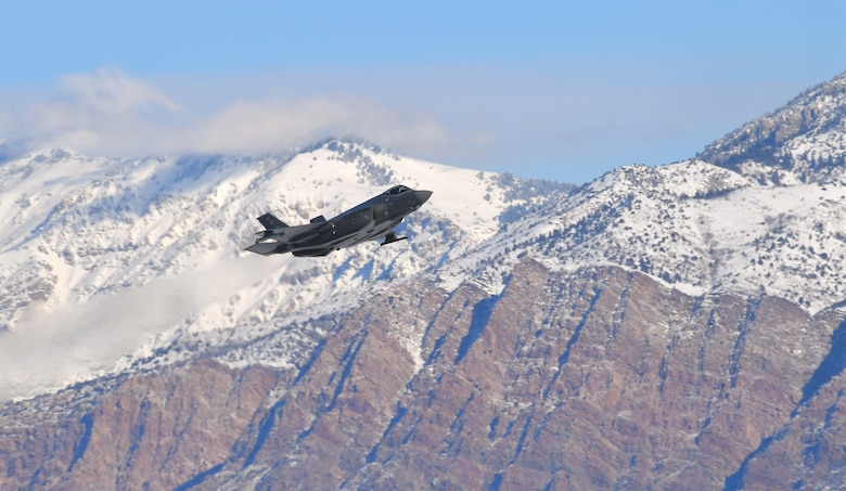 F-35 takes off at Hill Air Force Base