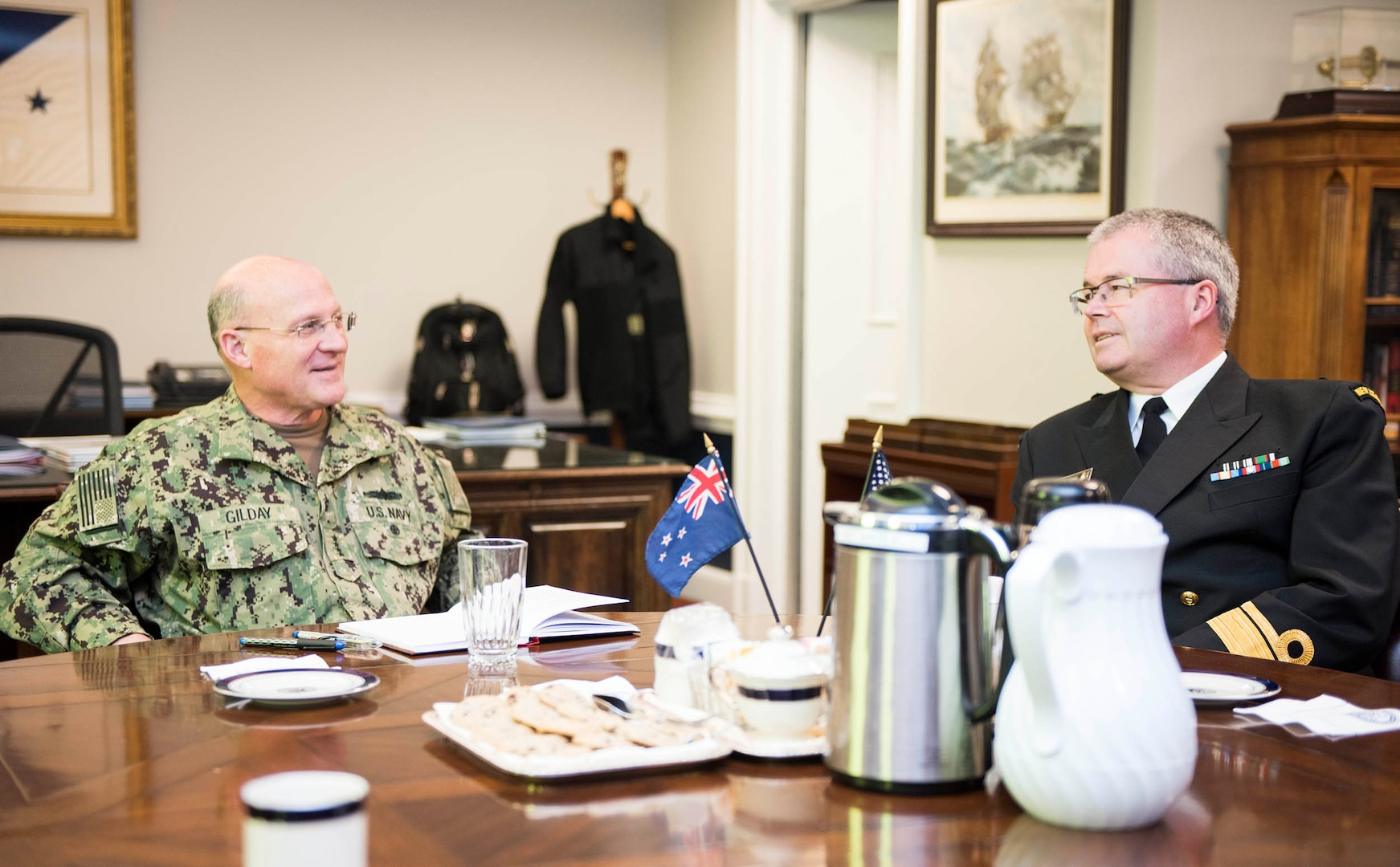 CNO Meets with Chief of Royal New Zealand Navy, Advances Partnership