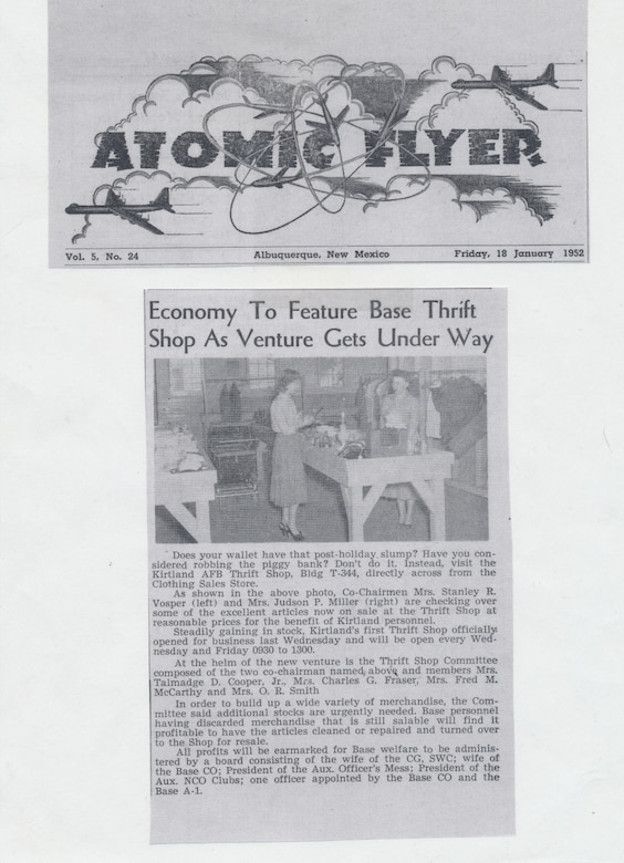 A scanned news article from 1952.