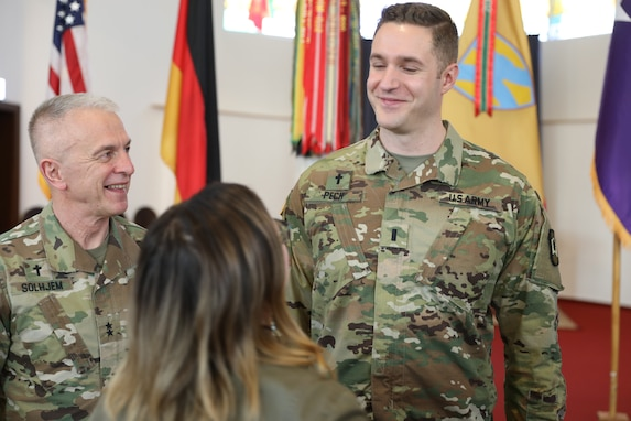 Chief of Chaplains visits 21st TSC