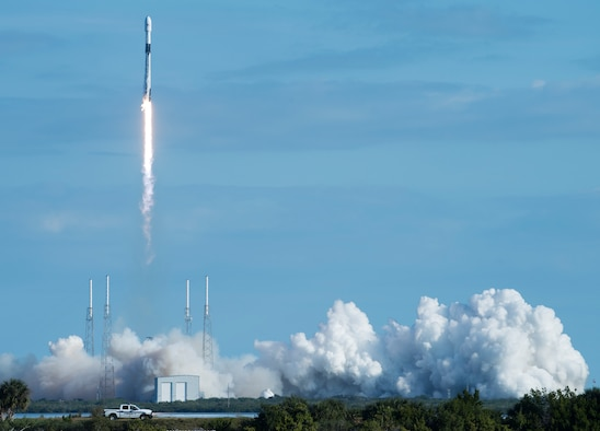 The Falcon 9 Starlink rocket successfully takes off