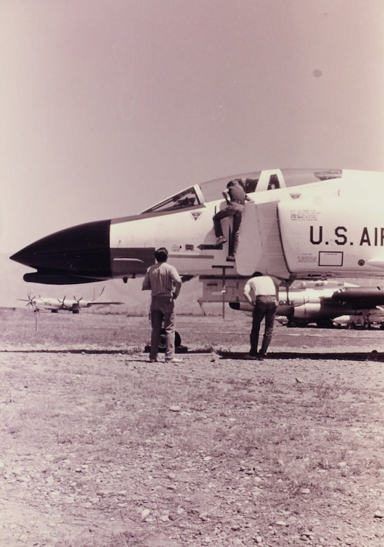 One can see in this photograph of a McDonnell Douglas F-4 Phantom II exhibit that the distance between some of the aircraft in Hill AFB's air park was quite large during the late 1980s, which likely resulted in decreased visitation during the height of summer and winter seasons.
