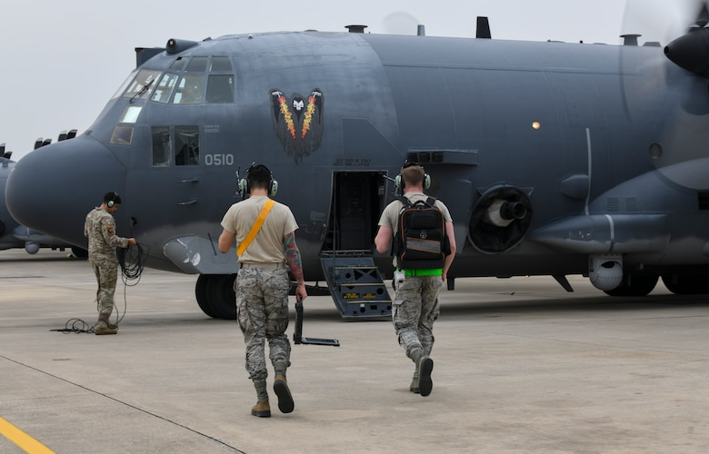 Air Commandos with the 4th Special Operations Squadron and the 4th Aircraft Maintenance Unit prepare for the final flight of AC-130U Spooky gunship 0510 at Hurlburt Field, Florida, June 26, 2020.