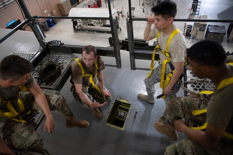 Airmen learn to install and remove B-2 Lancer Electronic Counter Measures