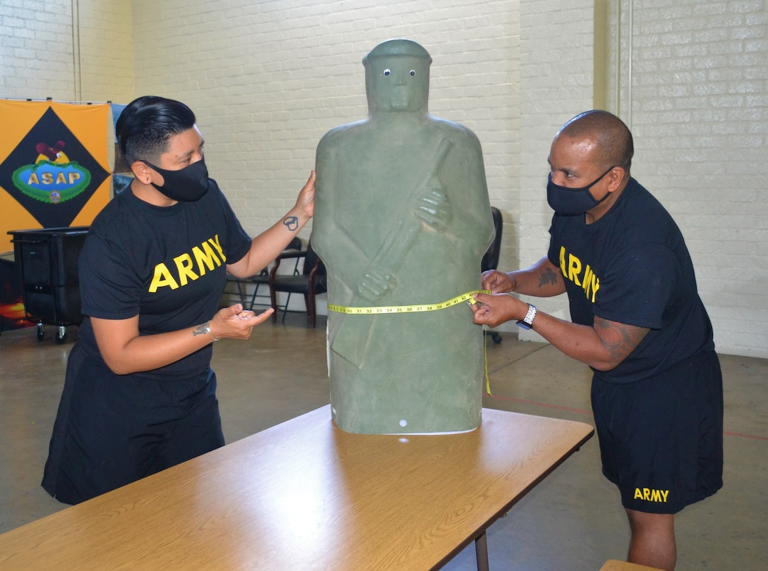 311th Sustainment Command (Expeditionary) conducts height and weight measurement training