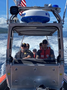 Federal, State Agencies Partner to Protect Marine Life Around Hawaii Island
