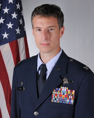 Col. Sean E. Lowe is the Commander of the 48th Operations Group, Royal Air Force Lakenheath, England. (U.S. Air Force photo by Airman 1st Class Rhonda Smith)
