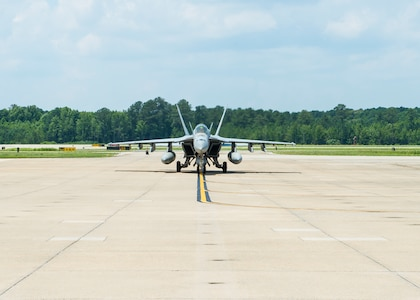 Oceana F/A-18 Squadrons Return from Historic Deployment
