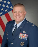 Col. Launey's official photo