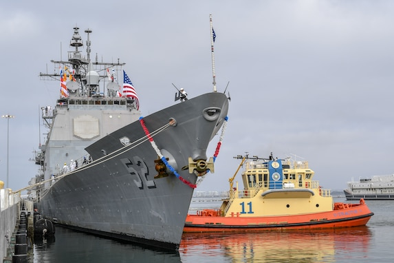 Bunker Hill, Russell Return From Deployment