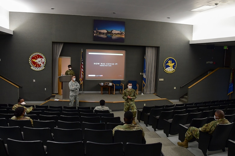 Master Sgt. Hansel Orozco, 434 Air Refueling Wing Religious Affairs superintendent, speaks to Airmen during Resiliency Moments at Grissom Air Reserve Base, Ind., July 10, 2020.