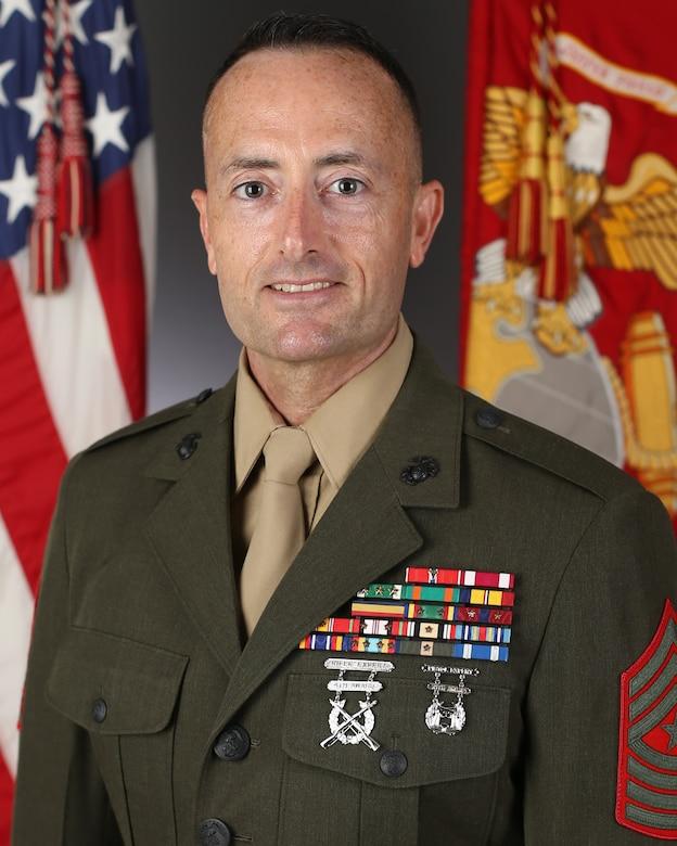 Command Bio Photo