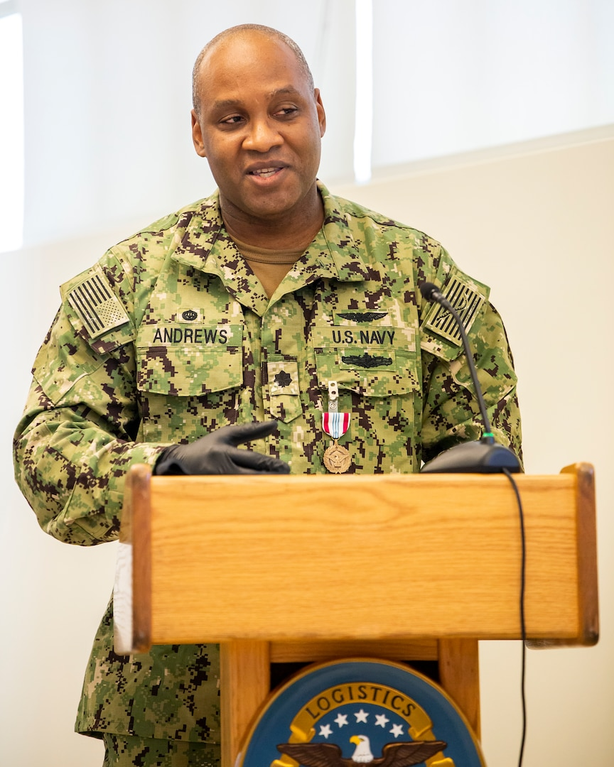 Navy Cmdr. Chris Newell takes command of DLA Distribution Pearl Harbor and Navy Cmdr. Sean Andrews awarded for meritorious service
